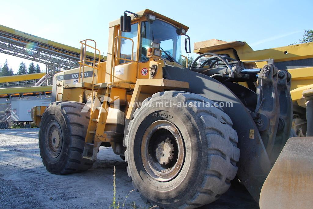 Wheel loader for sale Volvo 330D