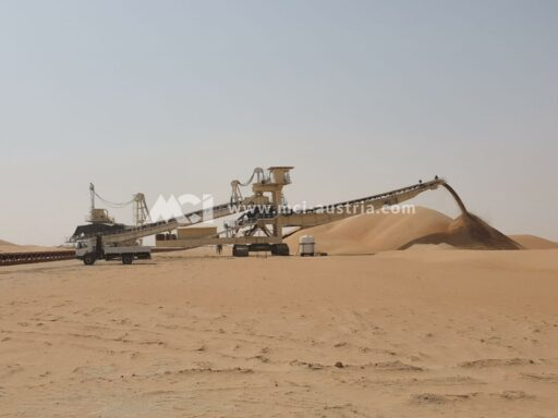 Spreader mining equipment